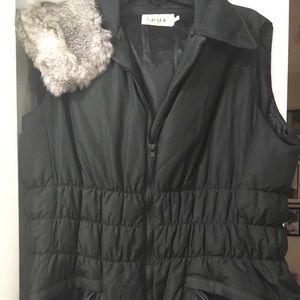 Grade down vest removable fur collar M like new bl